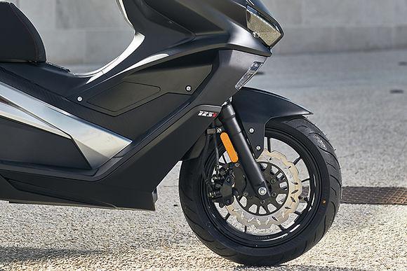 Scooter-longjia-easymax-125cc-12.jpg