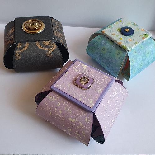 Boîte corolles petits modèles (noire)