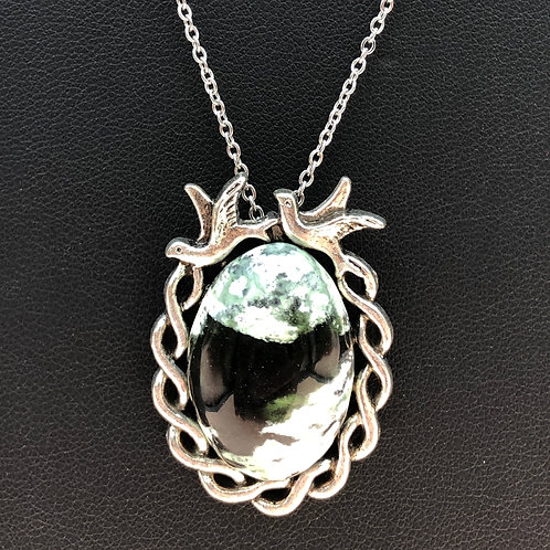19N47 - Australian Chrome Necklace
