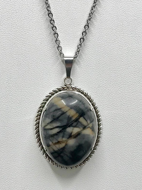 A73 - Picasso Marble Necklace
