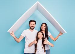 Sixto-palacin-familia-seguro-hogar-ok-we