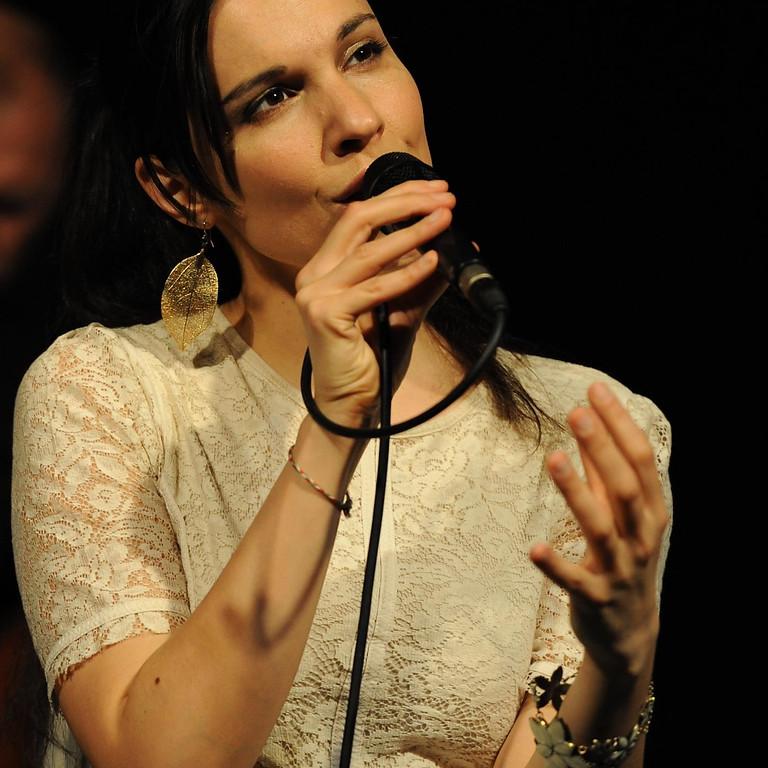 Simin Tander: A capella