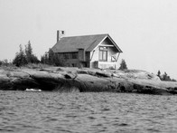 _BW - House on Georgian Bay.jpg