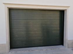 Portão Seccionado Cor Verde RAL 6009