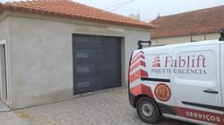 Portão de Garagem c/Visor Fosco