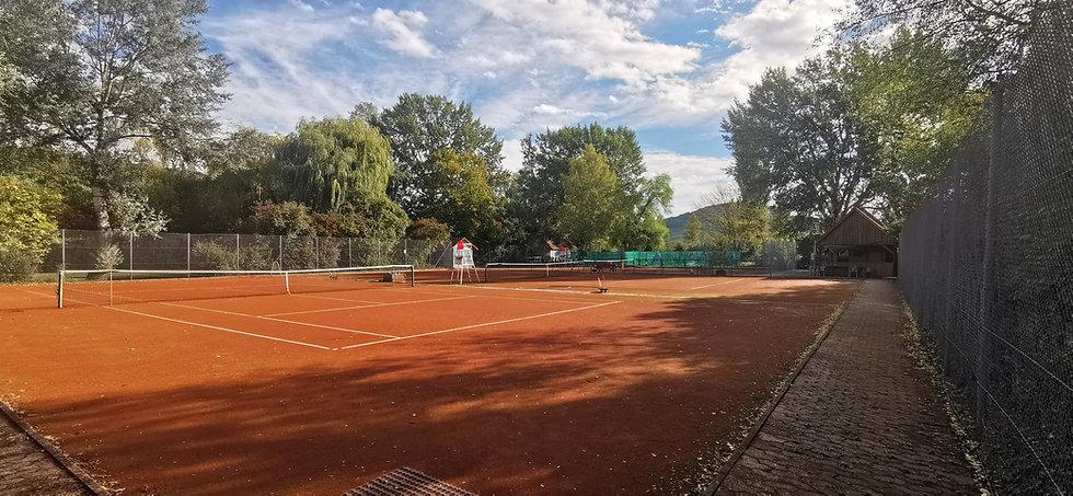 Tennisplatz Okt. 2020.1.jpg