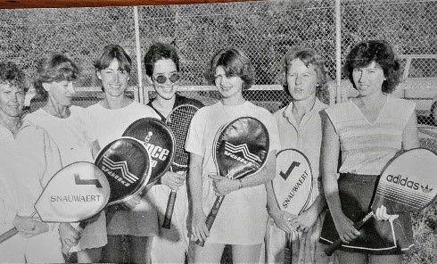 1. Meistermannschaft der Damen.jpg