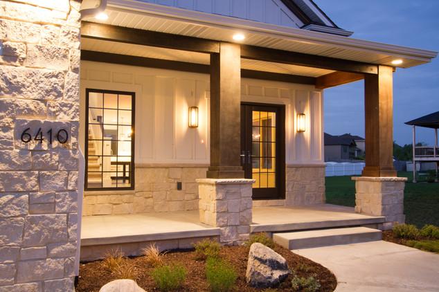 Cottonwood Ashlar | Natural Stone Veneer