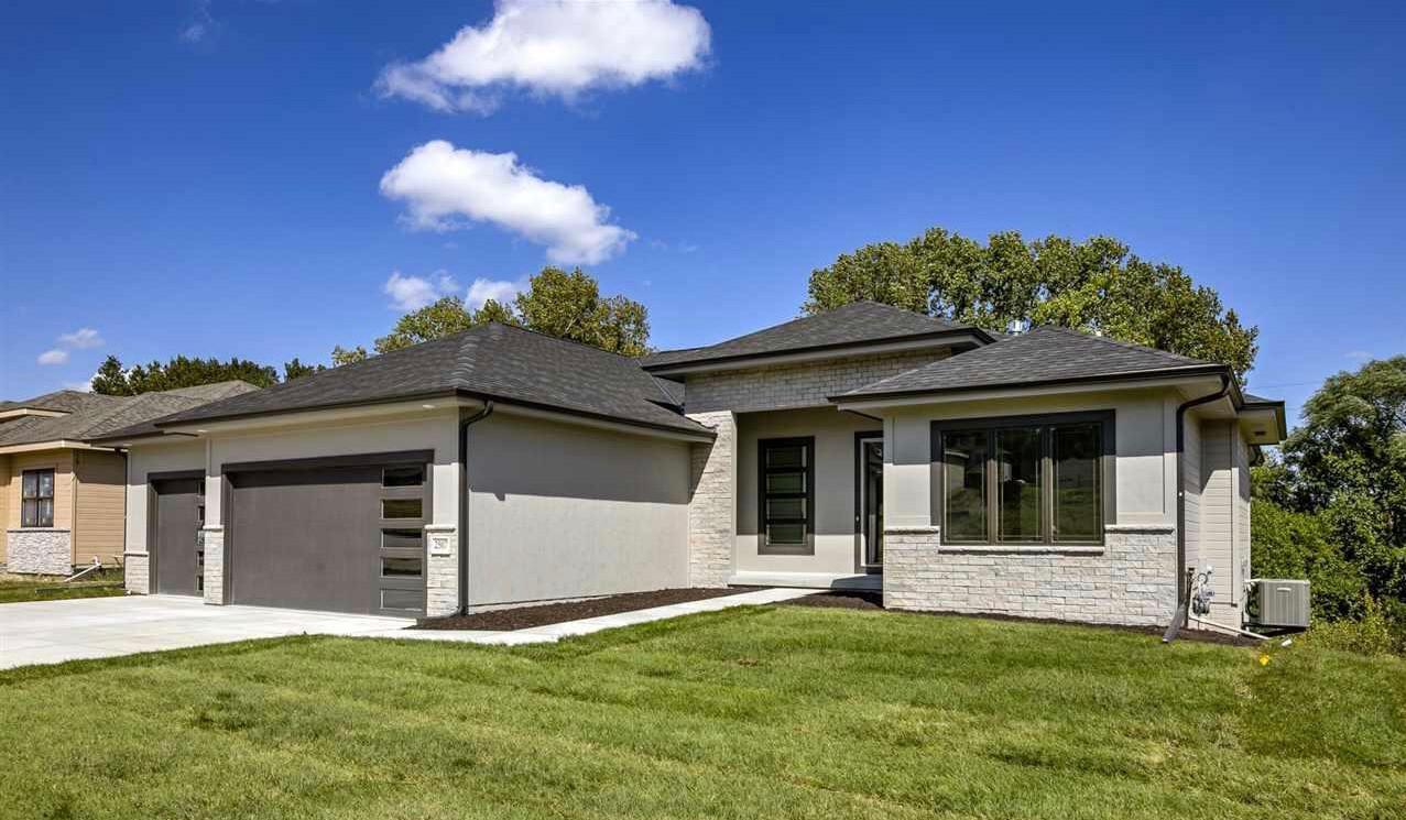 Flint Hills Ledge 35 | Stone Veneer