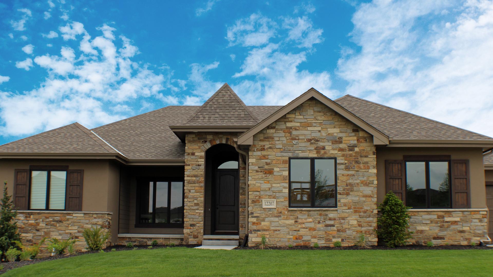 Foxglove Prairie | Natural Stone Veneer
