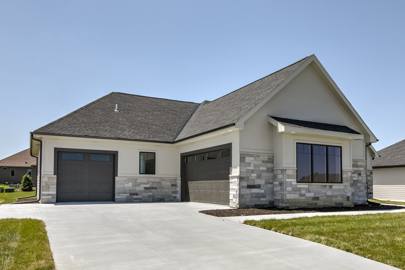 Skyline Grey Multiledge 468 | Stone Veneer