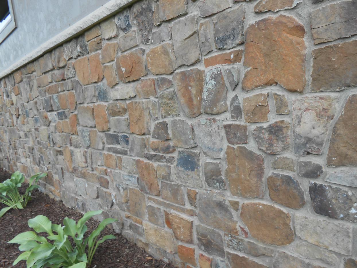 Wine Cellar Rustic   Stone Veneer