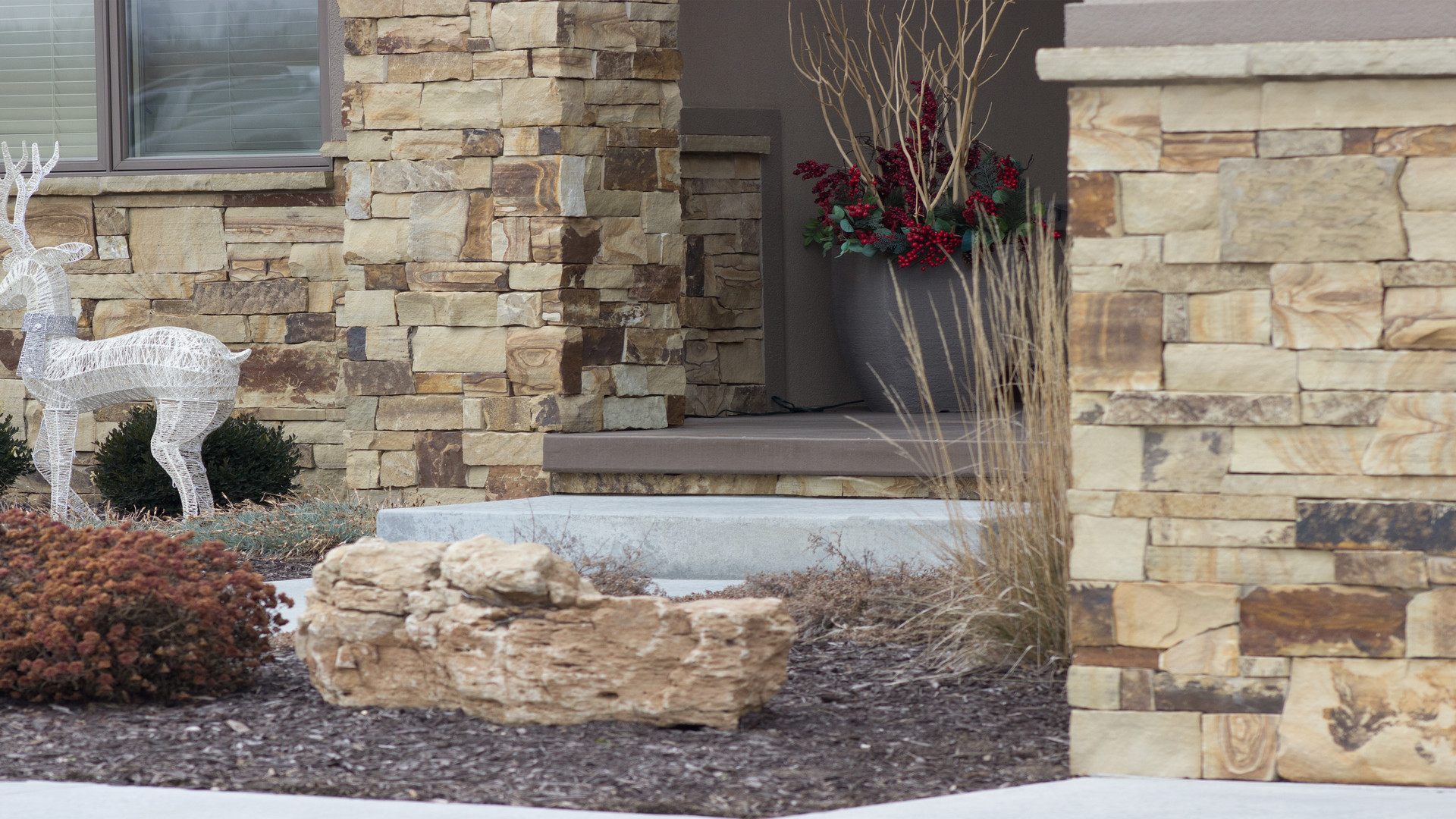Oakwood Ashlar | Natural Stone Veneer