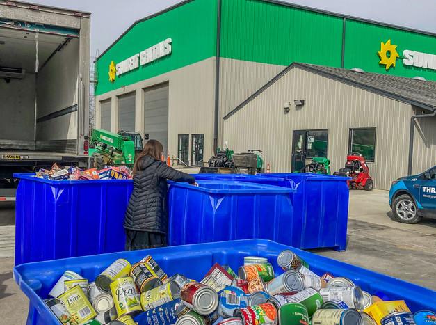 WIC Week Food Bank for the Heartland Drive