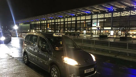 Airport Transfer, Taxi at Airport, Taunt