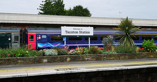 Taunton station taxis, taunton train sta