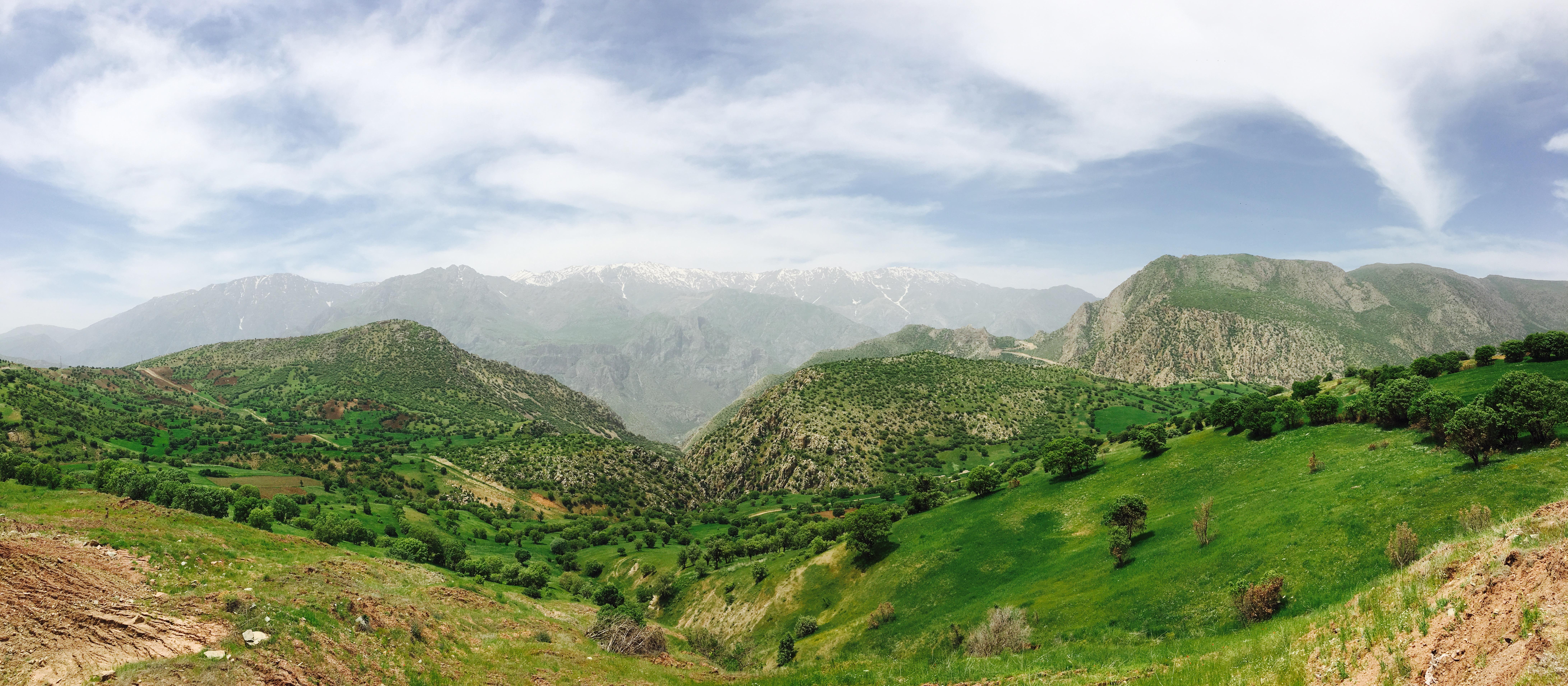 Zelená krajina kolem severního Teheránu