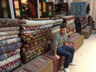 CK HAMIDI - Velký okruh Íránem Prodejna perských koberců
