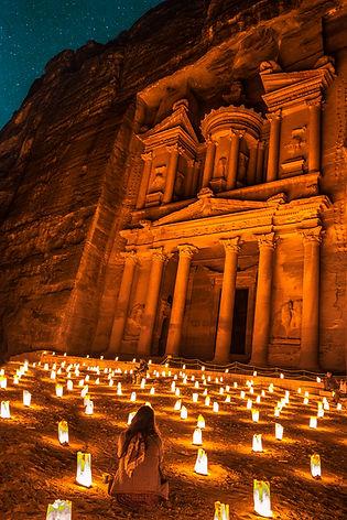 CK HAMIDI Informace o Jordánsku: Pokladnice Petra v noci