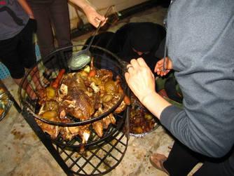 CK HAMIDI poznávací zájezd do Jordánska: Beduínské barbecue Zerb