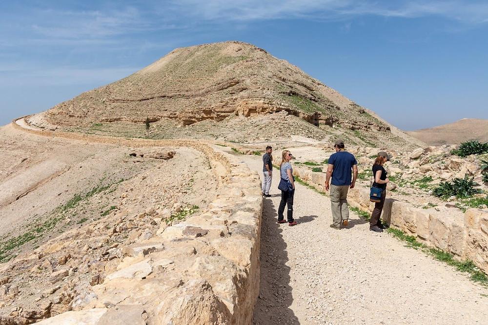 CK HAMIDI: Velký okruh Jordánskem - Mukawir