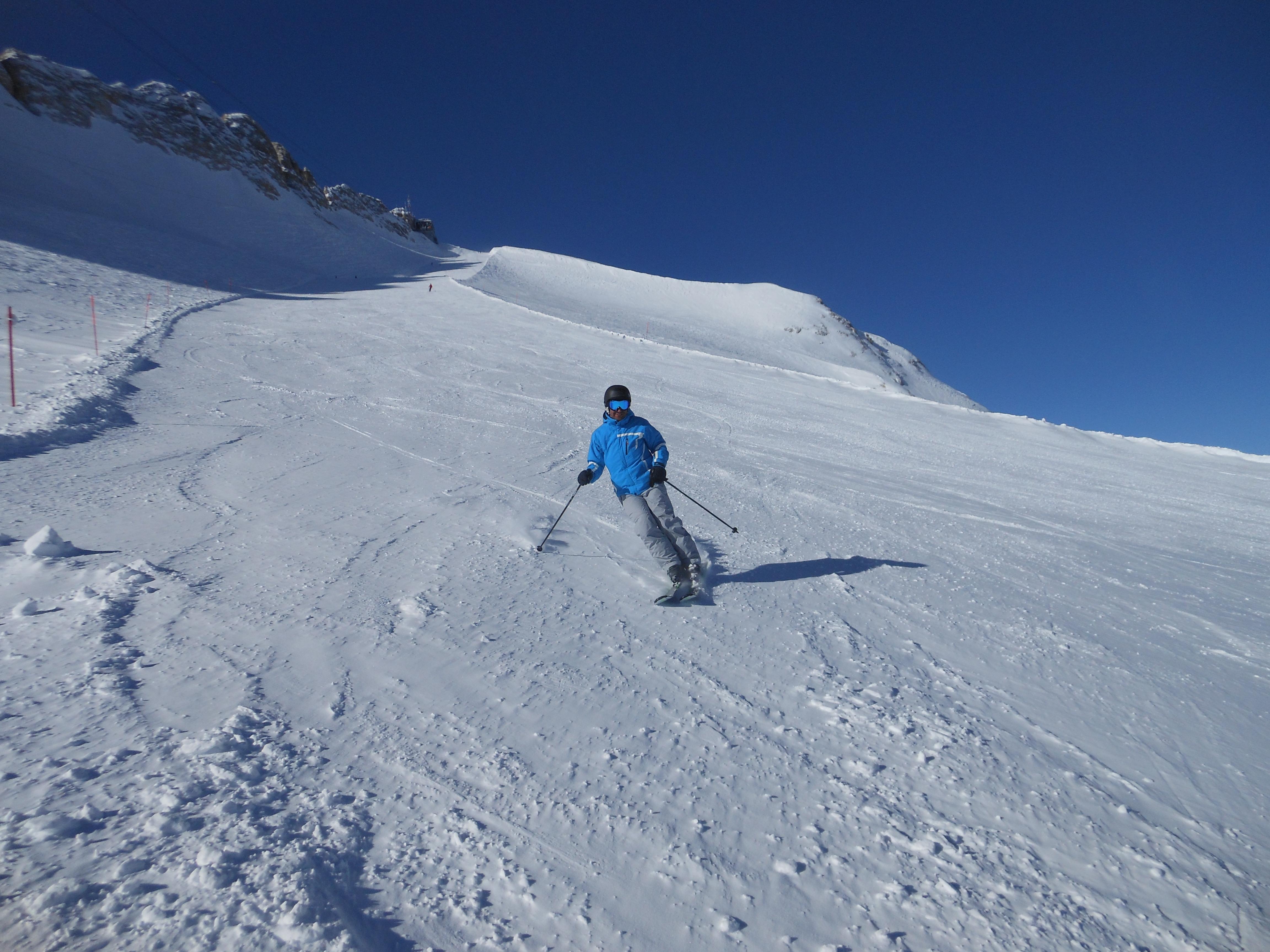 Bez ostatních lyžařů v hlavní sezoně