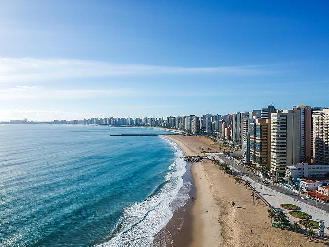 Praia-Iracema-Fortaleza.jpg