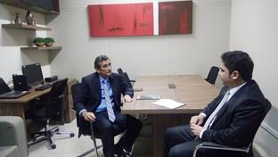 Secretário geral da OAB-PB visita as novas instalações da sala do advogado do Tribunal Regional Elei