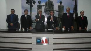 Presidente da OAB-PB participa de solenidade de entrega de carteiras em Campina Grande