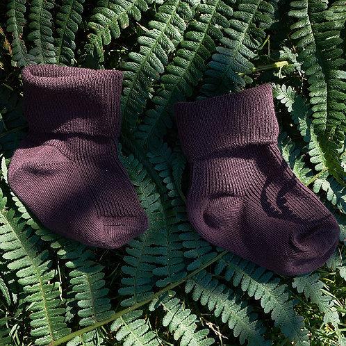 Vysoké ohrnovací ponožky pro malé objevitele-hnědé