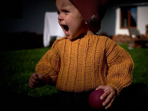 Pletený svetr pro malé raubíře_hořčicový