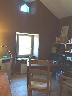 Cabinetau20022020_edited.jpg