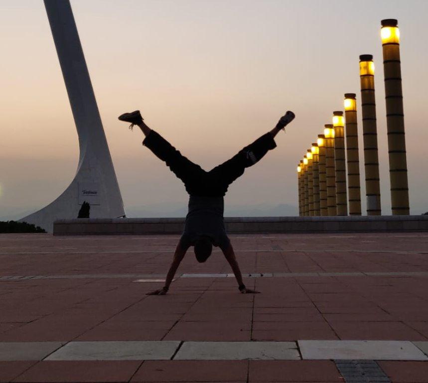Handstand WS