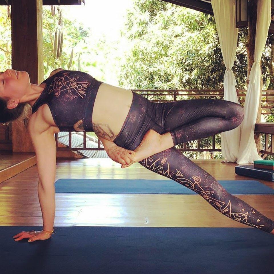 Vinyasa Yoga mit Xenia