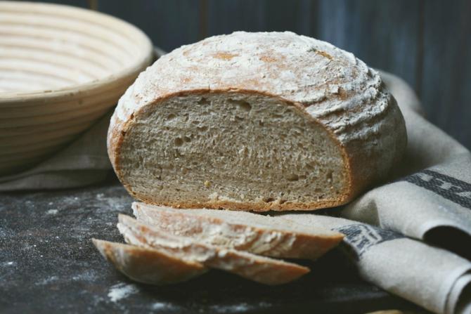 Brotversuch mit Helario-Gelbweizen
