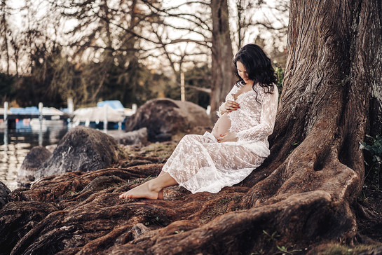 Maternity Photo session in Zurich