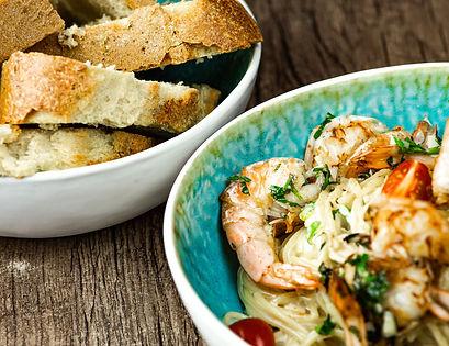 Spaghetti mit Obessauce und Gambas im Ga
