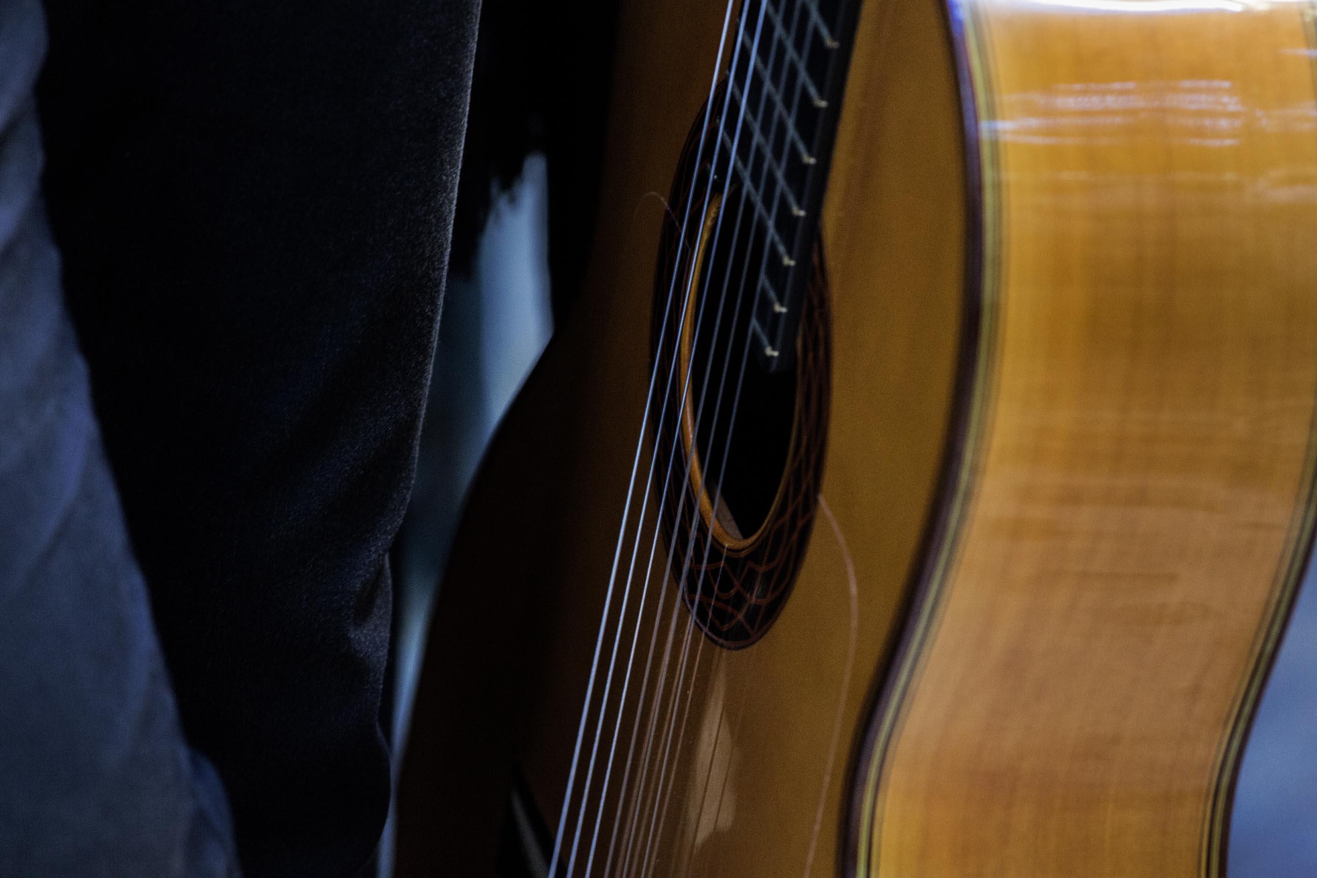 guitarra clasica.JPG