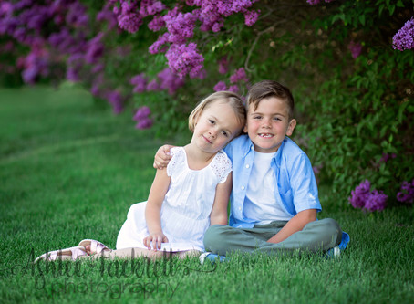 Utah Family Photographer | Spring Lilac Photos