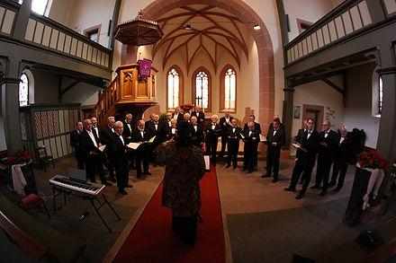 church-choir-408412_640.jpg