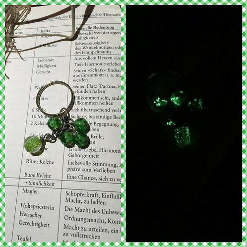 Leuchtperlen Schlüsselanhänger in grün