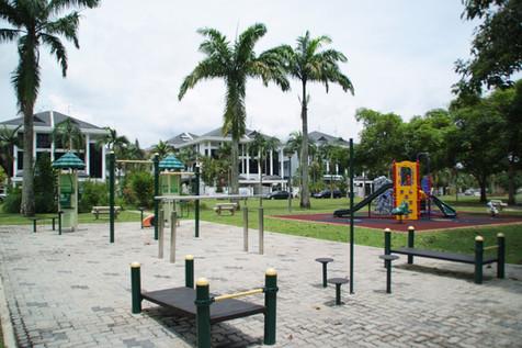 Spring Leaf Avenue