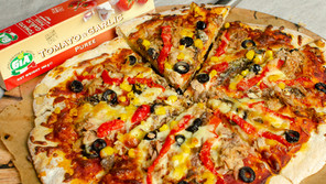 Easy Seafood Pizza