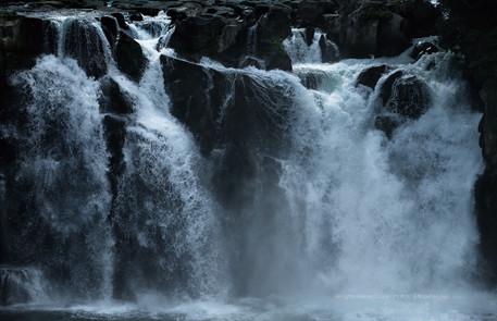 都城市 関之尾の滝