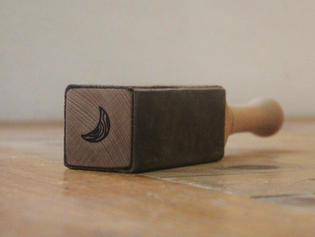 雕刻木槌 WOODEN MALLET