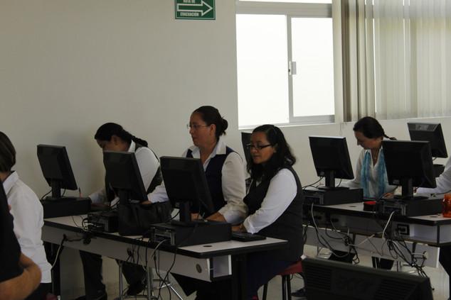 Colegio Motolinia de San Luis y María Luisa Olanier
