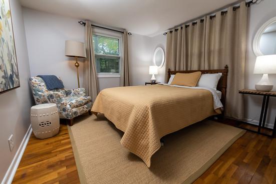 East Bedroom (12 of 13).jpg