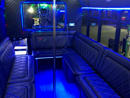 5 reasons to rent a party bus