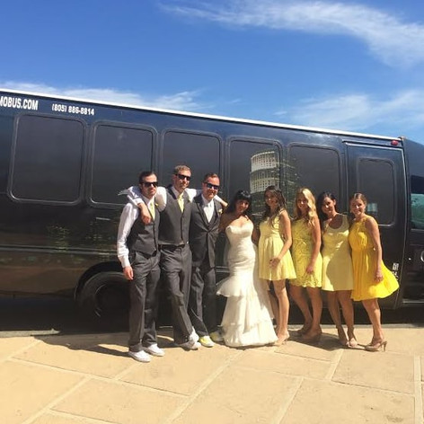 weddingpiclimobus.jpg