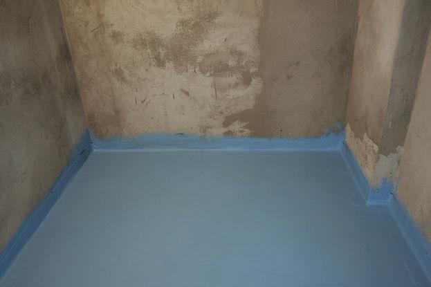 Насыпной пол Кнауф в ванной комнате